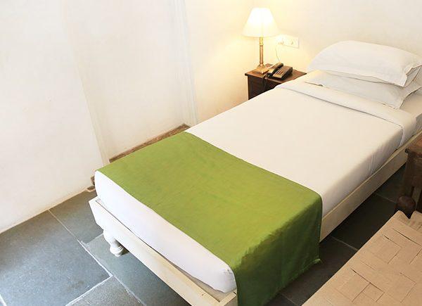 room-770x435-j